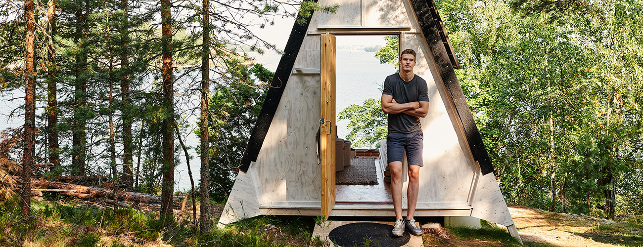 NBA player Lauri Markkanen visited Nolla cabin
