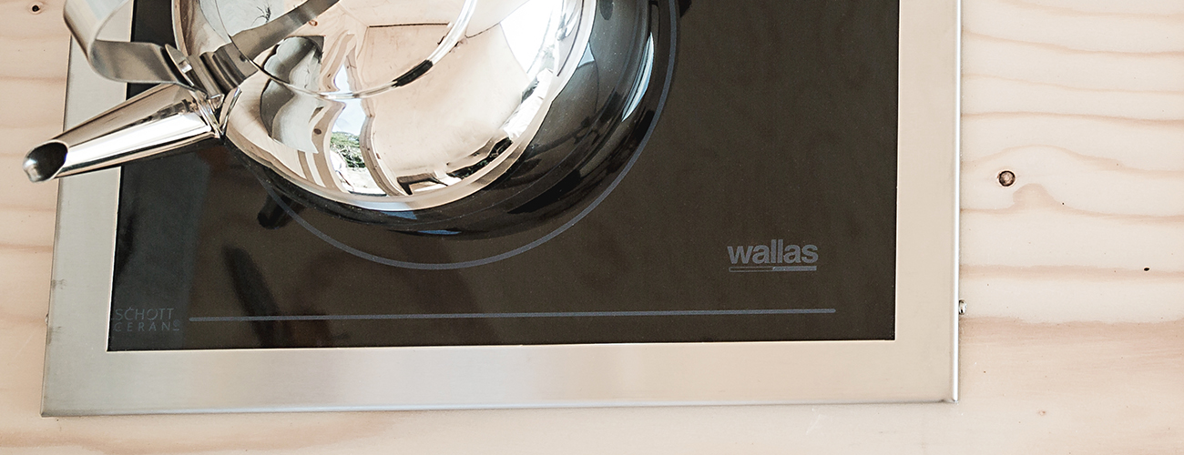Stove by Wallas, reserved for cooking and heating, runs on Neste MY Renewable Diesel