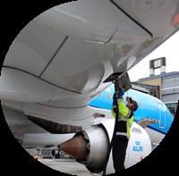 Nesteen uusiutuvaa lentopolttoainetta KLM:n lennoille Oslosta Amsterdamiin