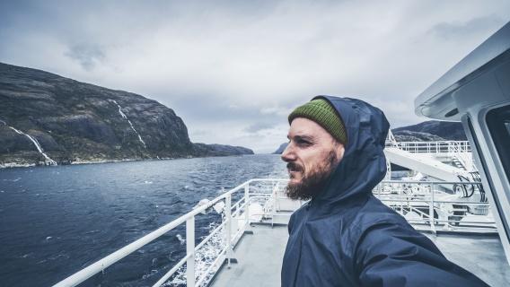 Neste_Marine™_0.5_Navigating_rough_seas_with_top_quality_fuel