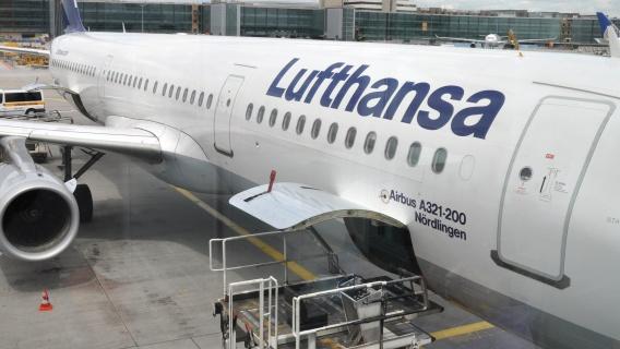 Lufthansa uses Neste's sustainable aviation fuel