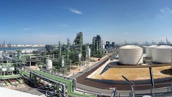 Rotterdam refinery
